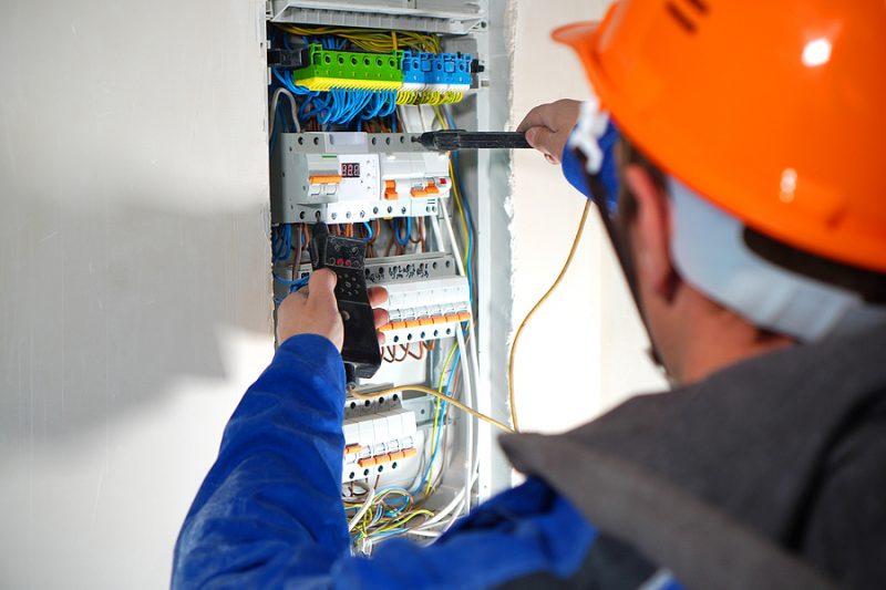 Emergency Electrician in Melbourne